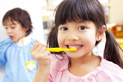 小児歯みがきイメージ